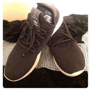 Adidas Pharrell Williams Hu Shoes 6.5 Youth